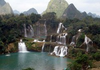 END『アジア最大の滝徳天瀑布と「山水画廊」明仕田園・長寿の郷巴馬の旅』
