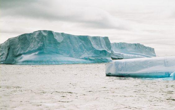Fin.大自然感動体験 南極紀行