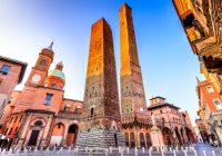 【コラム】『歴史と音楽とグルメの古都』ボローニャのレンガ色の中世の街並み