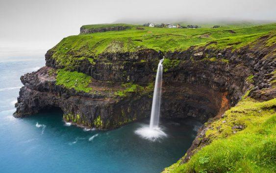 2020/07/【予告】白夜のアイスランドとフェロー諸島クルーズの旅 11日間