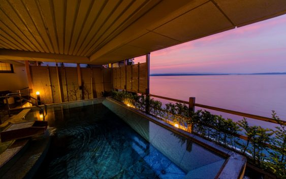 Fin.能登半島の美しき景観と伝統 日本一の旅館に滞在の旅 4日間